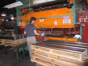 Expert Bending A Metal Sheet Using a Press Brake Machine